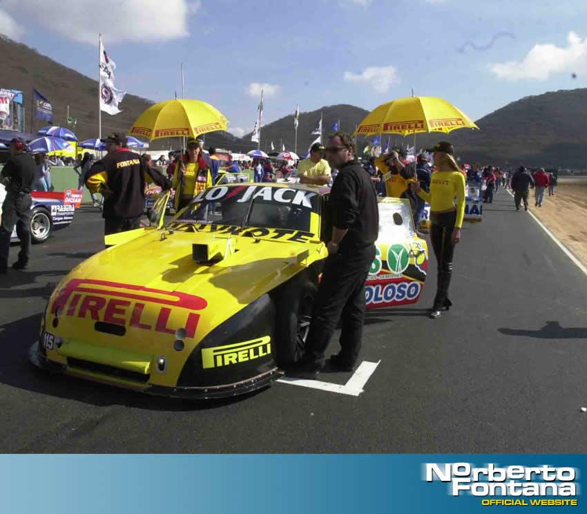 Esta imagen es previo a la final del TC en Salta - Norberto Fontana